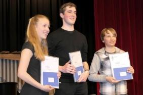 Die Erstplatzierten im Wettbewerb 2019: Sarina Wicki, Sven Dahinden, Sven Schmid